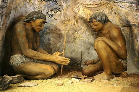 800px-Diorama,_cavemen_-_National_Museum_of_Mongolian_History